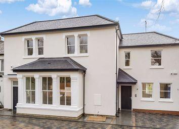 Barnet Road, Arkley, Hertfordshire EN5. 4 bed property