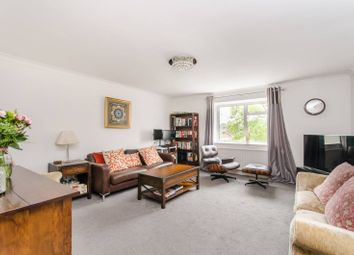 Royston Grove, Hatch End, Pinner HA5. 2 bed flat