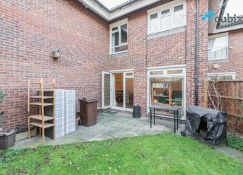 3 bed semi-detached house to rent in Elsted Street, London SE17