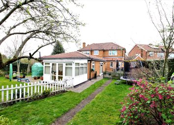 Thumbnail 5 bedroom detached house for sale in Langholme Drive, York