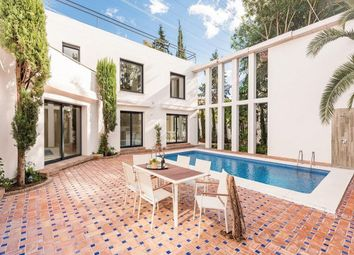 Thumbnail 4 bed villa for sale in Rio Real, Nueva Andalucia, Malaga