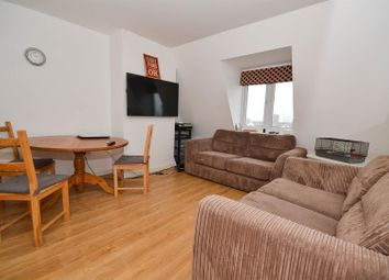 Thumbnail 2 bedroom flat for sale in Great North Road, New Barnet, Barnet