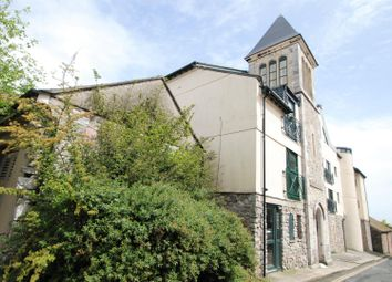 2 bed flat to rent in Castle Street, Plymouth PL1