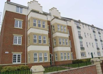 Thumbnail 1 bed flat to rent in Linacre House, Archdale Close, Chesterfield, Derbyshire