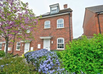 Thumbnail 3 bed town house for sale in Kiln Avenue, Chinnor