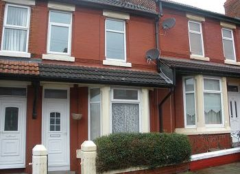 Thumbnail 3 bed terraced house to rent in Ivydale Road, Tranmere
