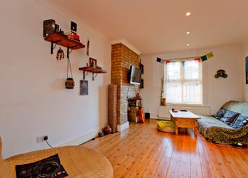 Thumbnail 1 bed flat to rent in Farrant Avenue, London