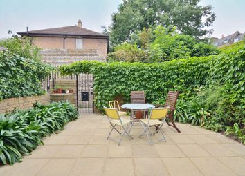 Thumbnail 3 bedroom terraced house to rent in Essex Road, London