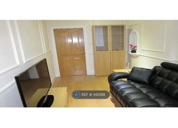 Thumbnail 2 bed flat to rent in Mile End, London