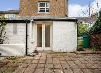 Thumbnail Studio to rent in Villiers Road, Watford