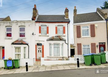 3 bed detached house for sale in Riverdale Road, London SE18