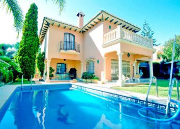 Thumbnail 4 bed villa for sale in Marbella Centro, Marbella, Spain
