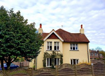 4 bed detached house for sale in Copthorne Bank, Copthorne, Crawley RH10