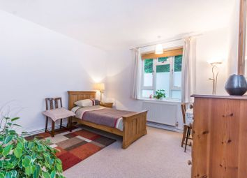 Thumbnail 2 bed flat for sale in Brooke Road, Stoke Newington
