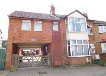 Thumbnail 1 bed maisonette to rent in Dunsham Court Havelock Street, Aylesbury