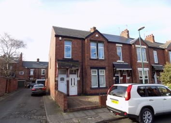 Thumbnail 2 bed flat to rent in Wellesley Street, Jarrow