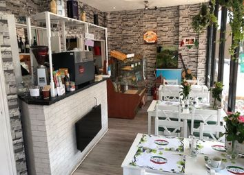 Thumbnail Restaurant/cafe to let in Archway Road, London