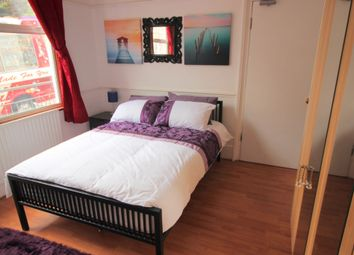 Thumbnail Room to rent in Senrab Street, Limehouse
