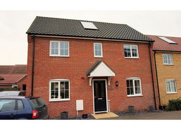 Thumbnail 4 bed detached house for sale in Robin Avenue, Harleston