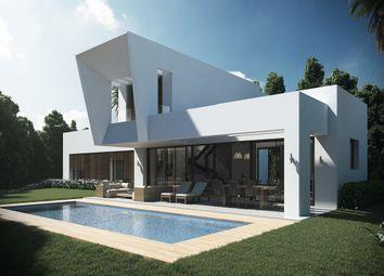 Thumbnail 4 bed villa for sale in El Paraiso Medio, Estepona, Malaga