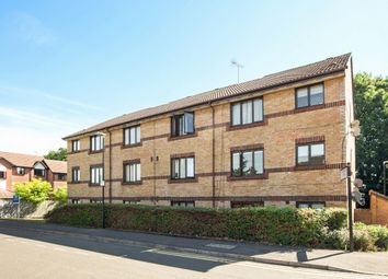 Thumbnail 2 bed flat to rent in Littlebrook Avenue, Slough