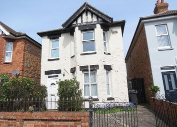 4 bed property to rent in Shelbourne Road, Bournemouth BH8