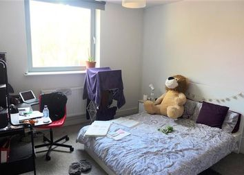 Thumbnail 3 bed flat to rent in Wine Street, Bristol