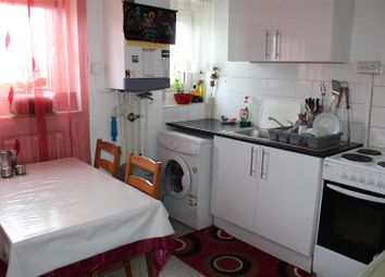 Thumbnail 2 bed flat to rent in Amber Avenue, London