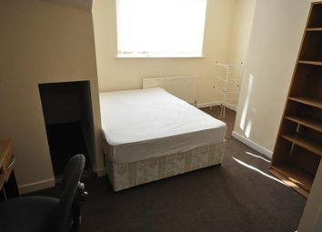 Thumbnail 3 bed maisonette to rent in Brudenell Grove, Hyde Park, Leeds