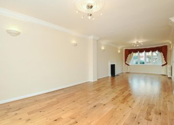 Thumbnail 4 bed detached house to rent in Hendon Avenue, Finchley