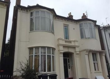 Thumbnail 2 bedroom flat to rent in Russell Terrace, Leamington Spa