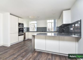 2 bed flat to rent in Chandos Way, Wellgarth Road, London NW11