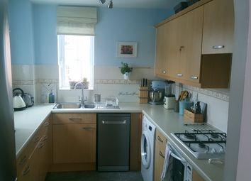 Thumbnail 2 bed flat for sale in Hunters Wharf, Katesgrove Lane, Reading, Berkshire