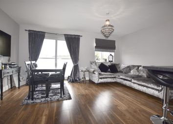 Thumbnail 1 bed flat to rent in Kelvin Road, Welling