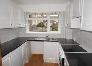2 bed maisonette to rent in Lincoln Court, Southampton SO15