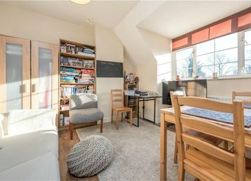 Thumbnail 2 bedroom flat to rent in Lydford Road, Willesden Green, London