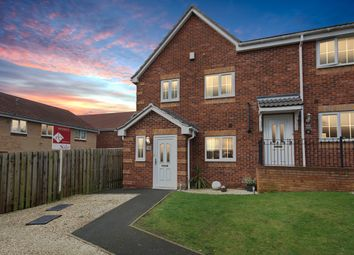 3 bed end terrace house for sale in Parklands View, Aston, Sheffield S26