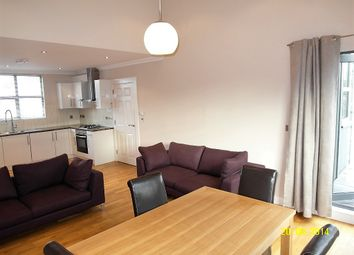 Thumbnail 3 bed flat to rent in 1 Queens Row, Walworth