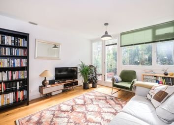Thumbnail 2 bed maisonette for sale in Shaftesbury Street, Hoxton
