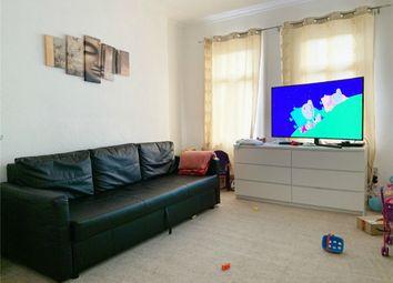 Thumbnail 2 bedroom flat to rent in Varvills Court, Micklegate, York