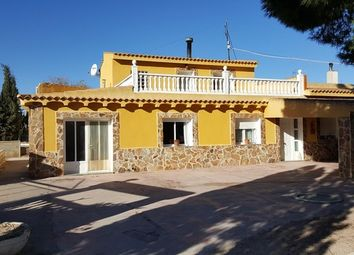 Thumbnail 7 bed villa for sale in Spain, Valencia, Alicante, Villena