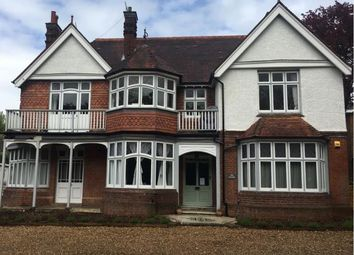 Thumbnail 2 bed flat to rent in Wych Hill Lane, Hook Heath, Woking
