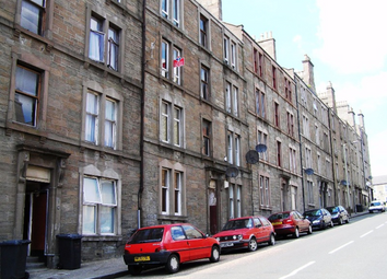 Thumbnail 2 bed flat to rent in Provost Road, Strathmartine, Dundee, 8Ah