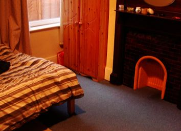 Thumbnail 6 bed terraced house to rent in Lodge Road, Southampton