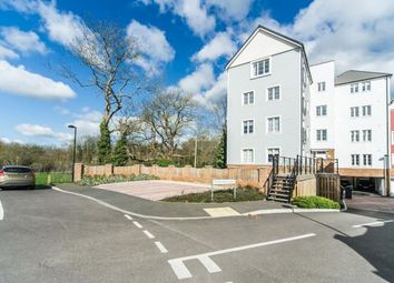 Thumbnail 2 bed flat for sale in Crabapple Road, Tonbridge, Kent