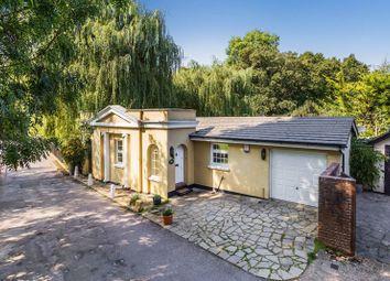 Thorncroft Drive, Leatherhead KT22. 2 bed detached bungalow