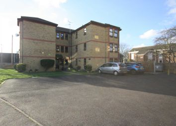2 bed flat to rent in The Woodlands, Shoeburyness, Southend-On-Sea SS3