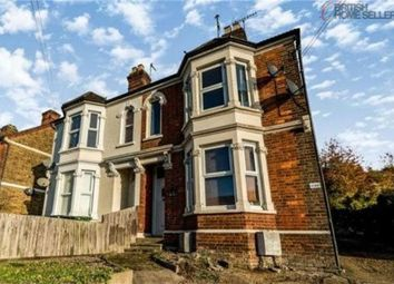 Thumbnail 2 bed maisonette for sale in West Wycombe Road, High Wycombe, Buckinghamshire