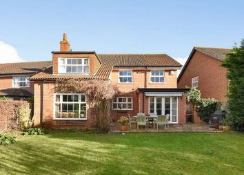 Thumbnail 6 bed detached house for sale in Stevenson Drive, Abingdon