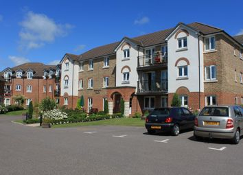 Thumbnail 2 bed flat for sale in Beechwood Avenue, Deal